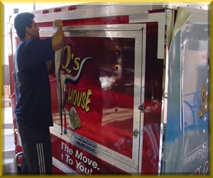 vehicle wrap installation